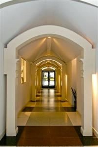 The hallway entrance to Van Cleef.. walked that walk so many times, so many years ago...